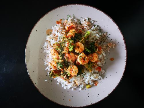 Carb-free rice with shrimp